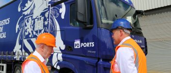 PD Ports hosts Shadow Secretary of State for Transport