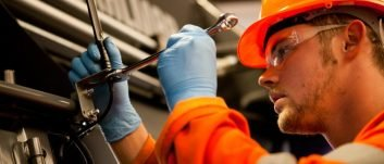 Port group urges others to take on apprentices before tide of skills gap rises